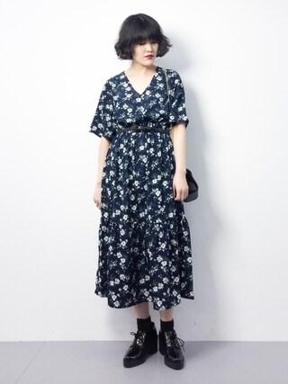 ZOZOTOWN ハマアイさんの「花柄マキシワンピース(natural couture ナチュラルクチュール)」を使ったコーディネート
