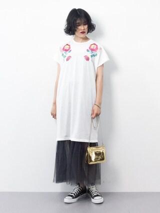 ZOZOTOWN|ハマアイさんの「フラワー刺繍Tシャツワンピース4973(merlot|メルロー)」を使ったコーディネート