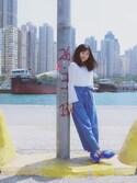 Smileysis is wearing H&M