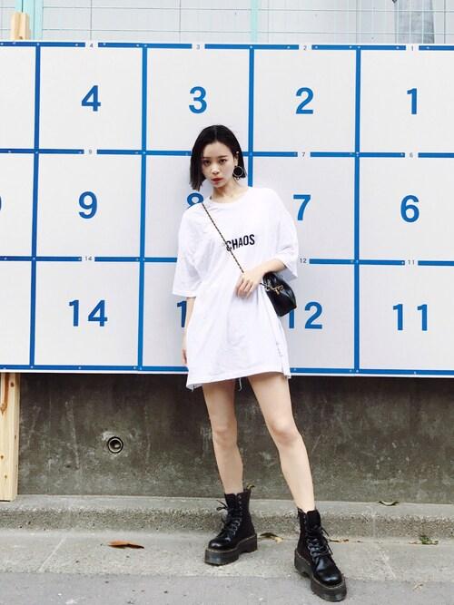 「WORLD IS MAD BIG クルーネックTシャツ(LEGENDA)」 using this ARISA looks