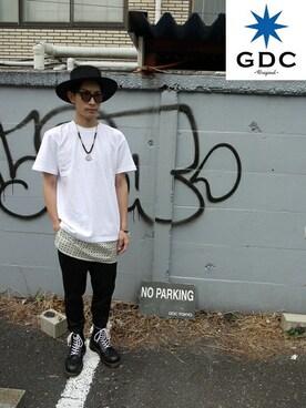 GDC TOKYO|GDCTOKYO -HARAさんの「SUNGLASSES-E(GDC)」を使ったコーディネート