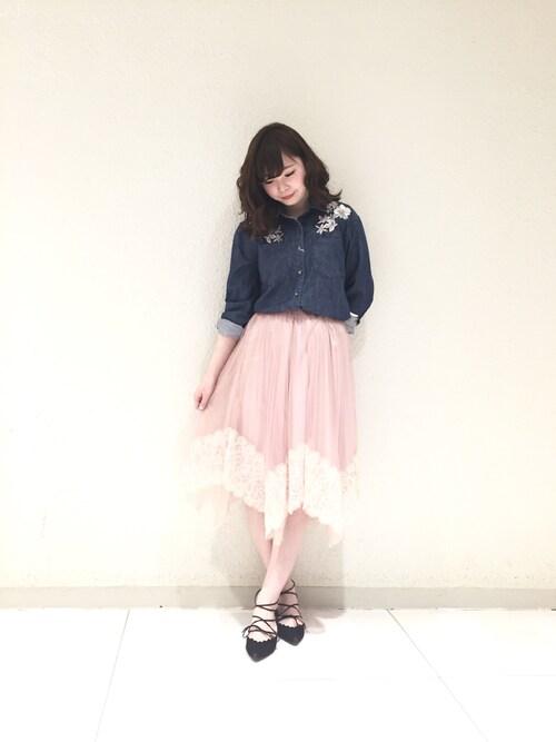 Aya Nakaharaさんの「デニム刺繍シャツ(Supreme.La.La)」を使ったコーディネート