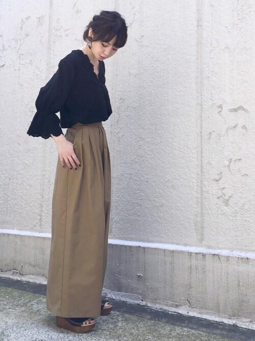 ari☆さんの「【洗濯機で洗える】スカラップ刺繍ブラウス(AZUL ENCANTO)」を使ったコーディネート