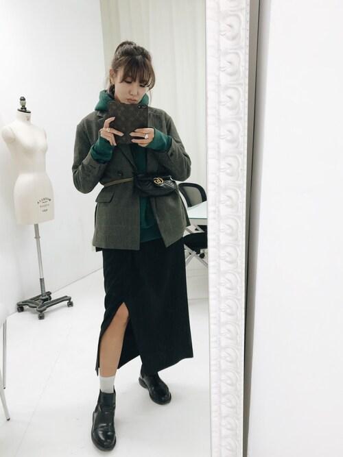 小竹麻美さんの「ルーズミドルジャケット(MURUA)」を使ったコーディネート