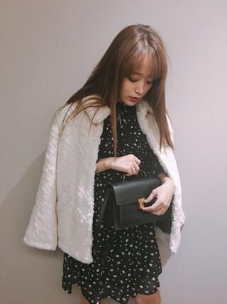 近藤千尋さんの「スタープリント シアー ドレス(DENIM & SUPPLY|デニム&サプライ)」を使ったコーディネート