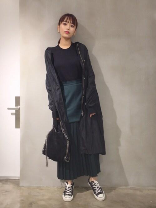 近藤千尋使用「CLANE(PLEATS LAYERED LONG SKIRT)」的時尚穿搭