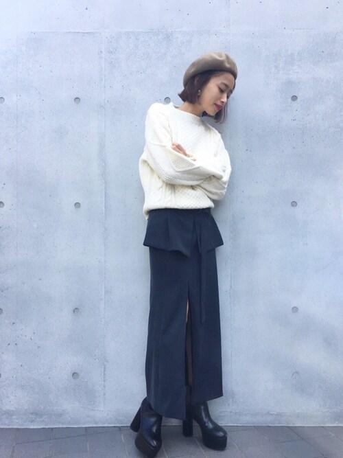 近藤千尋使用「NINE(2Wayロングタイトスカート)」的時尚穿搭