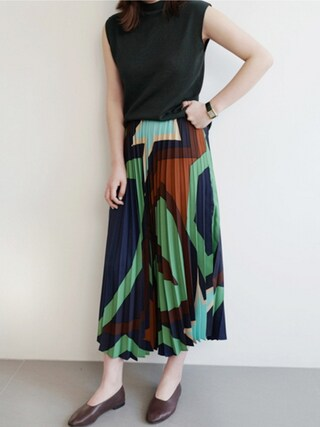 holicholic holicholicさんの「カラフルプリーツスカート」を使ったコーディネート