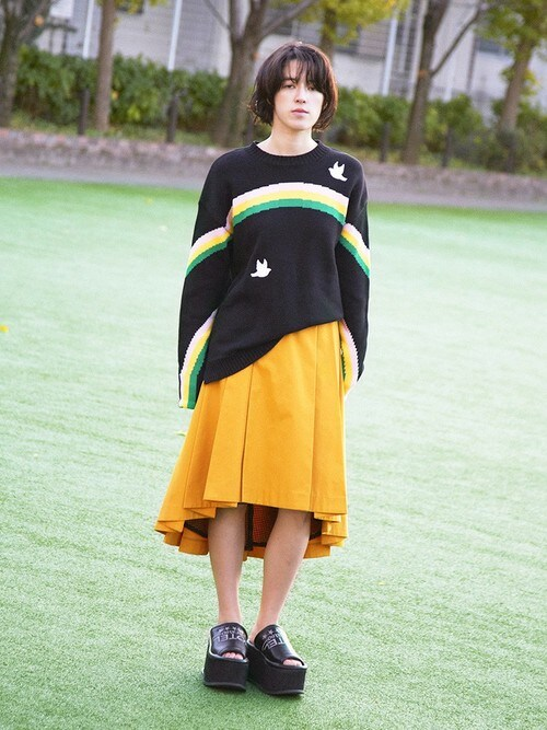 PAMEO POSEさんの「FISHNET LINING SKIRT(PAMEO POSE)」を使ったコーディネート