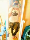 Yuki Katoさんの「2013 アディダス Tシャツ オーガニック ADDITIVE FREE TEE(adidas originals|アディダスオリジナルス)」を使ったコーディネート