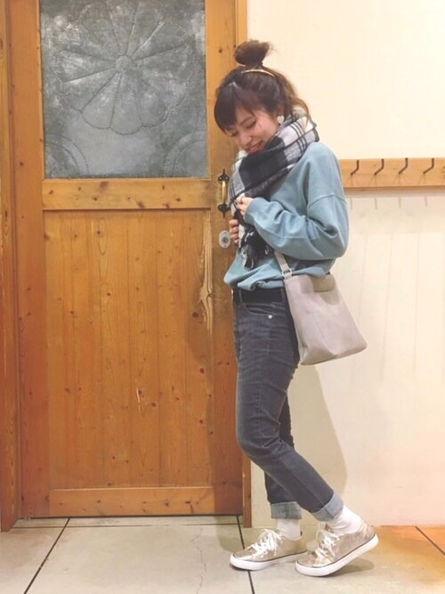 chihiroさんの「ふわふわ起毛リバーシブルストール(SHOO・LA・RUE)」を使ったコーディネート