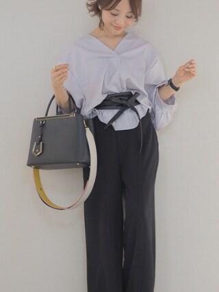 田中亜希子さんの「Khaju:レザーワインディングベルト(Khaju|カージュ)」を使ったコーディネート