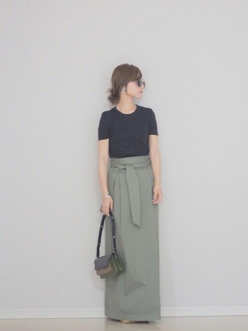 田中亜希子さんの「クルーネック半袖Tシャツ(PETIT BATEAU)」を使ったコーディネート