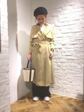 apart by lowrys/横浜ジョイナス店 hikariさんのトレンチコート「サテンバックプリーツトレンチ748194 (apart by lowrys アパートバイローリーズ)」を使ったコーディネート