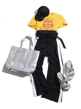 WEGO 新宿ミロード店|WEGOさんのTシャツ/カットソー「DISPARK/エンブレムBIGカットソー(WEGO|ウィゴー)」を使ったコーディネート