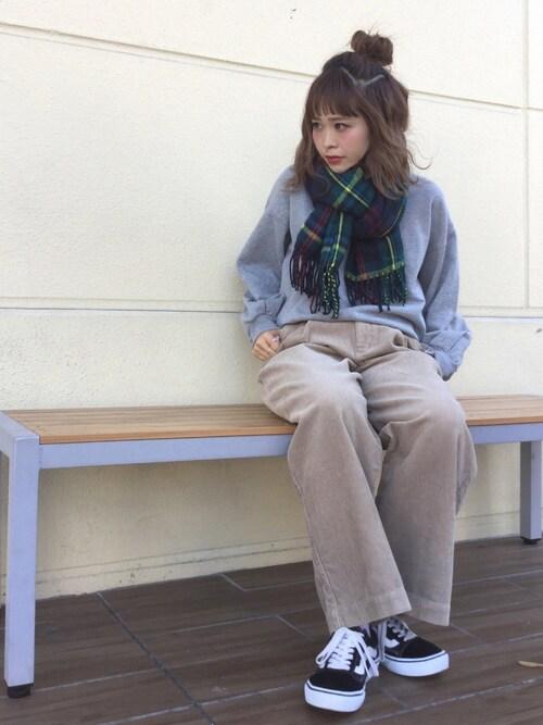 megumi hoshinoさんの「・VANS×earth さがら刺繍ロゴプルオーバー(earth music&ecology)」を使ったコーディネート
