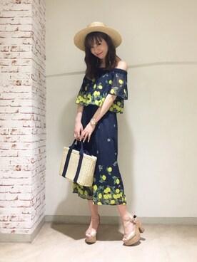 MIIA LUMINE EST新宿店|Haruka  Nakaniwaさんの「レモン柄オールインワン(MIIA|ミーア)」を使ったコーディネート