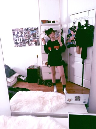 「Mary online exclusive '60s chelsea boots(Topshop)」 using this Monica Neary looks