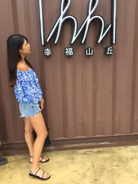 陳振馨 looks