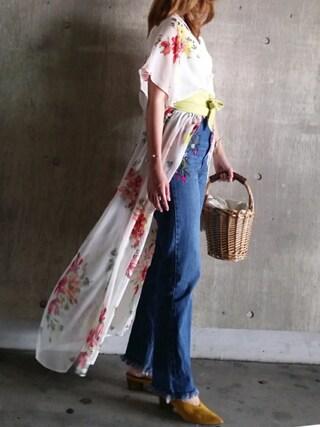 SHOさんの「刺繍デニムパンツ(dazzlin|ダズリン)」を使ったコーディネート