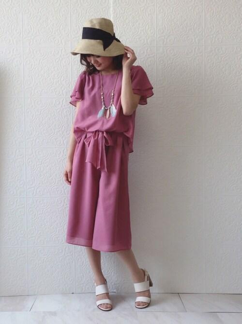 eikoさんの「フェザー&フリンジエスニックネックレス(Rose Tiara)」を使ったコーディネート