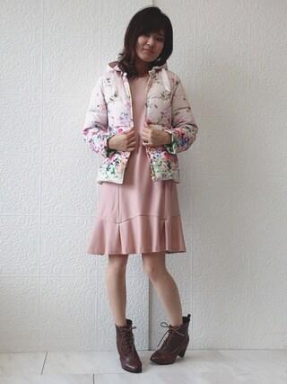 Rose Tiara | eikoさんのダウンジャケット/コート「Rose Tiara 吹き上げぼかしフラワープリントダウンコート」を使ったコーディネート