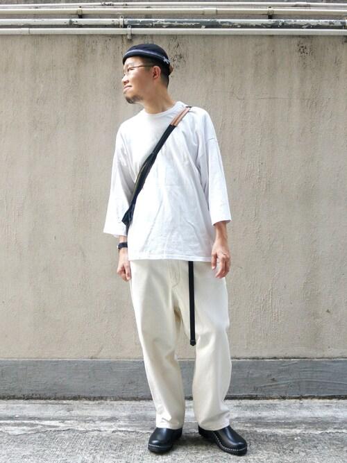 Paak Chan使用(BETON CIRE)的時尚穿搭