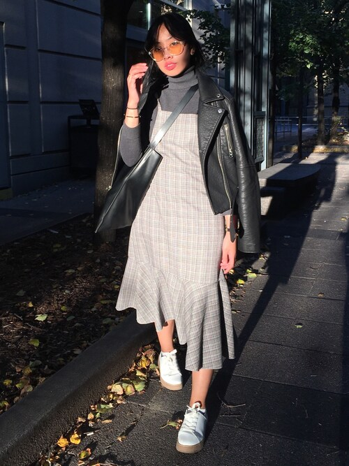 Tiffany  | ティファニー is wearing Oak+Fort