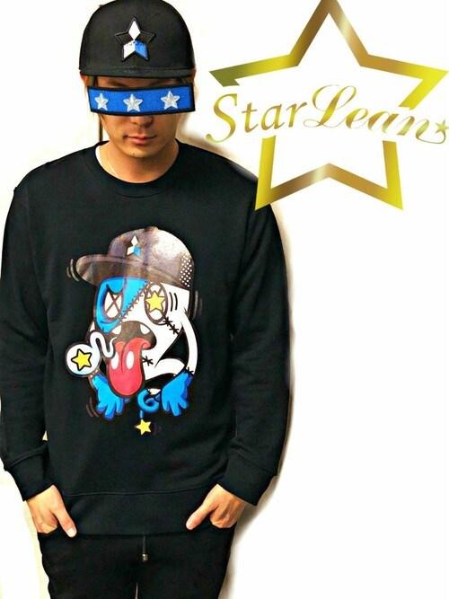 StarLean運営さんの「スターリアン【公式】スウェット トレーナー 長袖 シンプル 黒 白 グレー おしゃれ トップス 人気 男女兼用 大きめ 秋 冬 キャラクタープリントスウェット(BLUE)(StarLean)」を使ったコーディネート