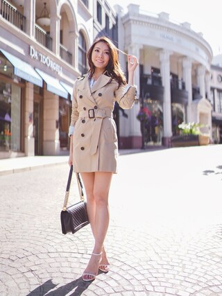 「Burberry Sandringham Mid-Length Heritage Trench Coat(BURBERRY)」 using this SK looks