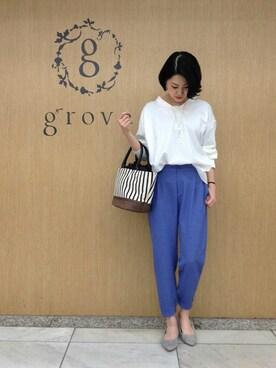 grove(グローブ)|groveさんのシャツ/ブラウス「【防シワ】Vネックストライプ柄ブラウス(grove|グローブ)」を使ったコーディネート