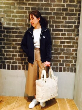FRED PERRY 名古屋パルコ|tomomiさんの「Track Jacket(FRED PERRY)」を使ったコーディネート