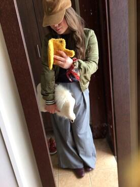 Hitomi Sekiguchiさんの「2WAY切り替えファークラッチバッグ(OZOC)」を使ったコーディネート