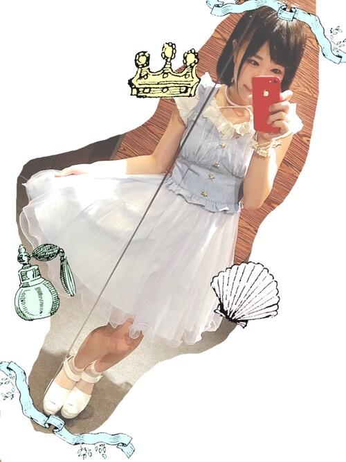 仮面女子さんの「シェル刺繍チュールワンピース(Secret Honey)」を使ったコーディネート