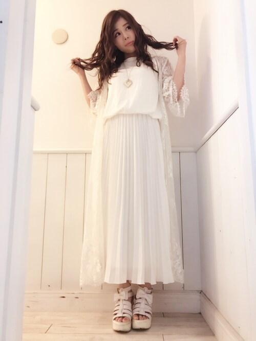 仮面女子さんの「ブラウジングタンク×プリーツスカート(MERCURYDUO)」を使ったコーディネート