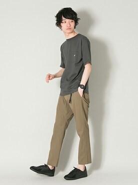 アーバンリサーチ 三宮店|yoshimasaさんのTシャツ/カットソー「UR ONE STAR T-SHIRTS(URBAN RESEARCH|アーバンリサーチ)」を使ったコーディネート