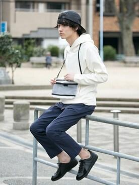 アーバンリサーチ 金沢百番街Rinto店|yoshimasaさんのパーカー「UR JAPAN MADE ポンチルーズプルオーバーパーカー(URBAN RESEARCH|アーバンリサーチ)」を使ったコーディネート