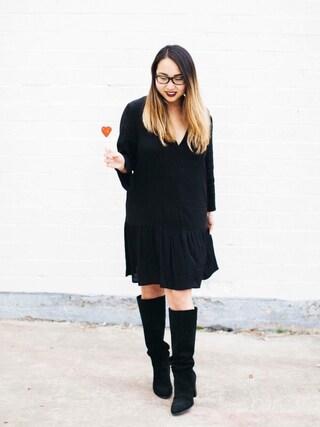 「H&M V-neck Dress(H&M)」 using this Stephanie Drenka looks