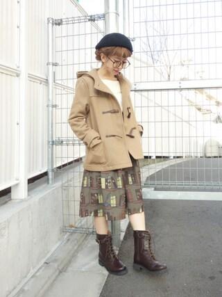 F i.n.t Daikanyama Fi.n.tdaikanyamaさんの「ブック柄サス付きギャザースカート/F i.n.t(F i.n.t フィント)」を使ったコーディネート