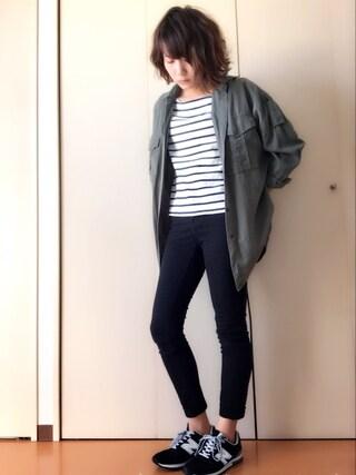 akiさんの「テロテロミリタリーシャツ【niko and...】(niko and...|ニコアンド)」を使ったコーディネート