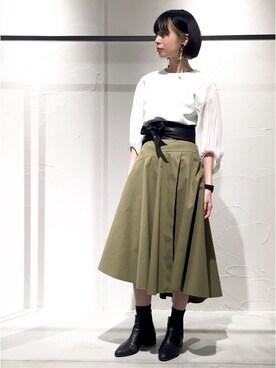 UNITED TOKYO EC|chika yamadaさんのTシャツ/カットソー「シアープリーツスリーブブラウス(UNITED TOKYO|ユナイテッドトウキョウ)」を使ったコーディネート