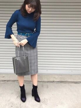 MARIさんの「フレアスリーブタイトセーター(七分袖)(GU)」を使ったコーディネート