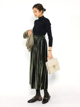 ZOZOTOWN|mihiroさんの「ベロアプリーツスカート(M y u)」を使ったコーディネート
