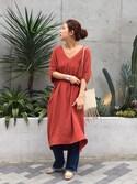 SAAYA KOUZAWAさんの「コクーンサックドレス(TODAYFUL|トゥデイフル)」を使ったコーディネート
