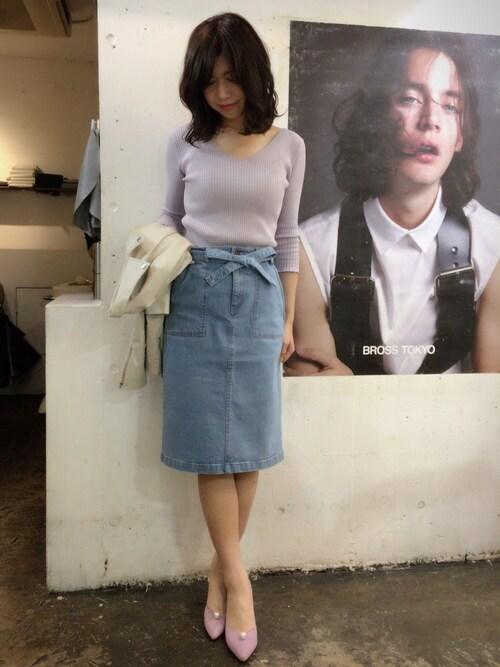 yuka♡さんの「フリルVネック7分袖プルオーバー(Swingle)」を使ったコーディネート