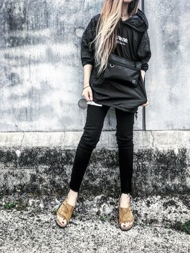 Lilyさんの「18SS新作◆ZURICH/チューリッヒ ソフトフットベッド スエードレザー(WOMEN)(BIRKENSTOCK|ビルケンシュトック)」を使ったコーディネート