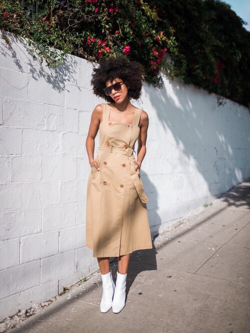 """Grasie Mercedes is wearing Madewell """"Women's Madewell Cotton Trench Dress"""""""