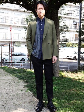 WALK IN CLOSET 代官山|手嶋 祐生さんの「RETORO POLYESTER TWILL / NOTCHED LAPEL DOUBLE BREASTED JACKET(MR.OLIVE)」を使ったコーディネート