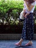 すーママさんの「ハナガラプリントタックロングスカート 760170(LEPSIM|レプシィム)」を使ったコーディネート