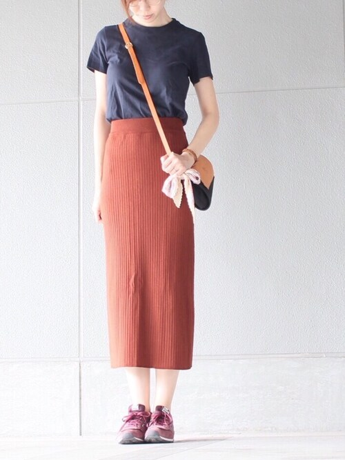 22uuuu_yuuuu使用「ユニクロ(women メリノブレンドリブスカート)」的时尚穿